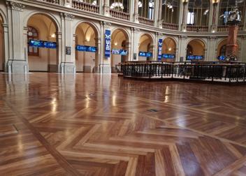 Sala interior de la Bolsa de Madrid